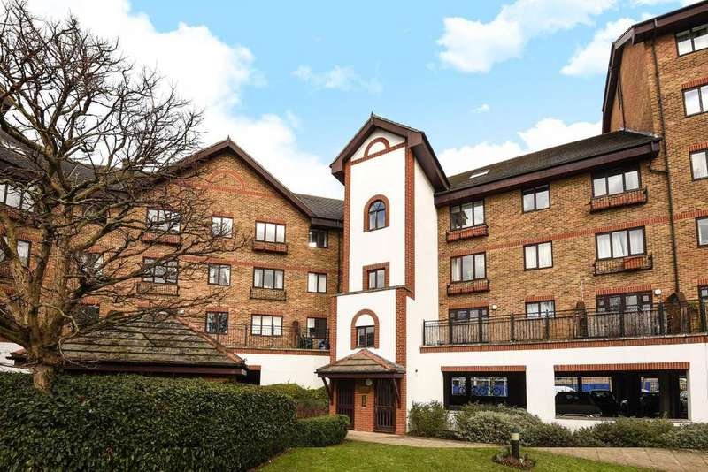 1 Bedroom Flat for sale in Sopwith Way, Kingston upon Thames, KT2