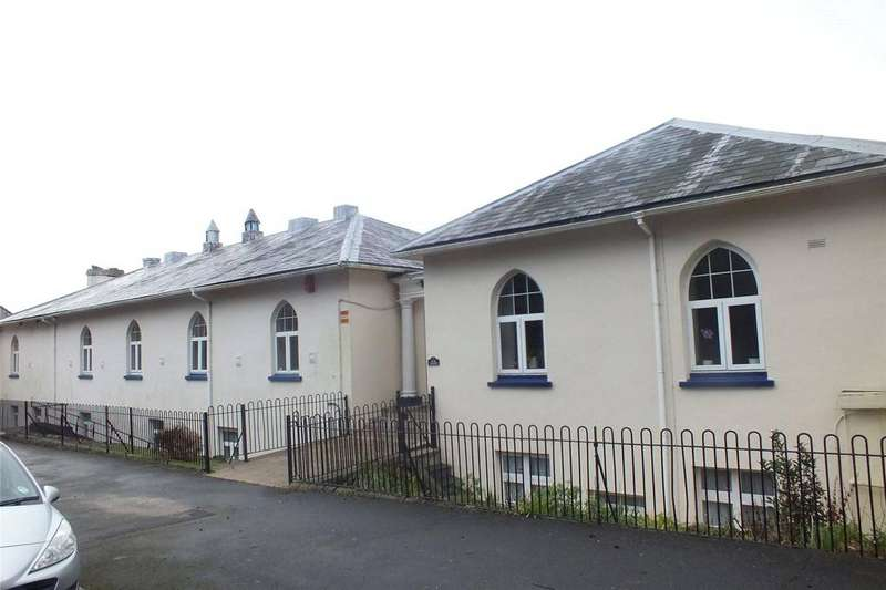 4 Bedrooms House for sale in The Olde School House, Victoria Road, Pembroke Dock, Pembrokeshire