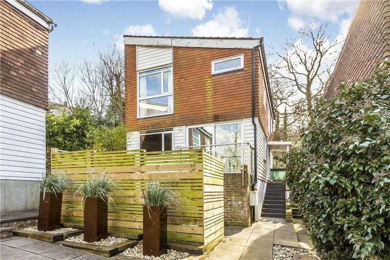 4 Bedrooms Detached House for sale in Great Brownings, Dulwich, London, SE21