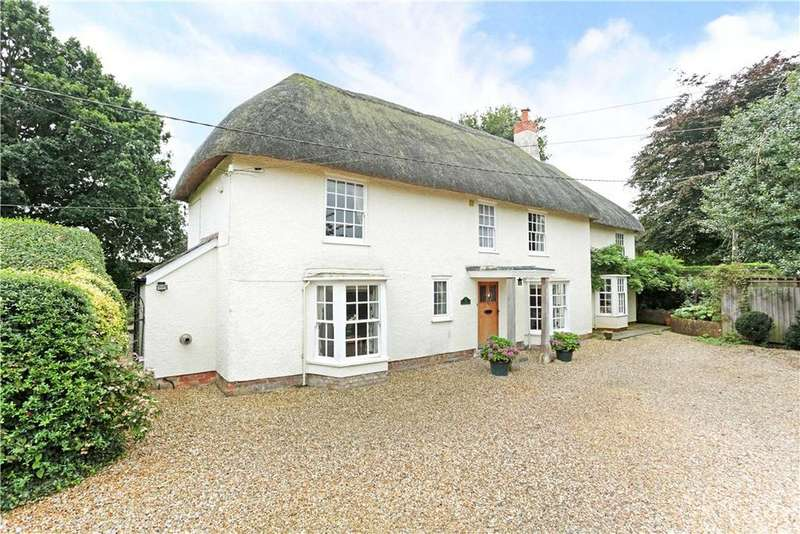 4 Bedrooms Detached House for sale in Easterton Lane, Pewsey, Wiltshire, SN9