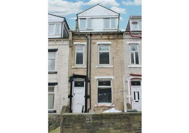 3 Bedrooms Terraced House for sale in Home View Terrace, Bradford, West Yorkshire