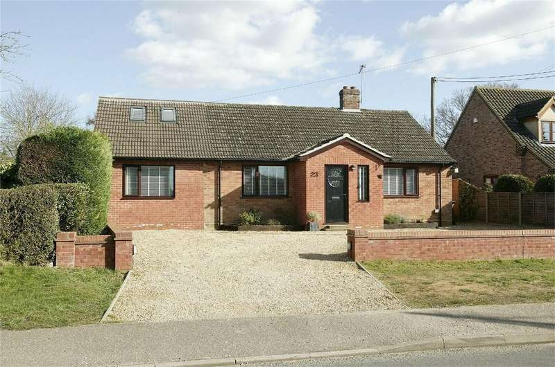 5 Bedrooms Detached Bungalow for sale in Tuns Road, Necton, Swaffham, Norfolk