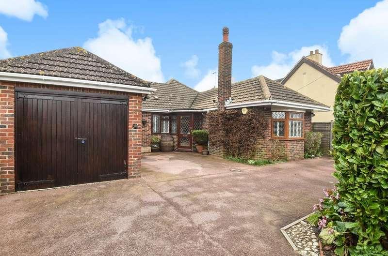 3 Bedrooms Detached Bungalow for sale in Carlton Avenue, Rose Green, Bognor Regis, PO21