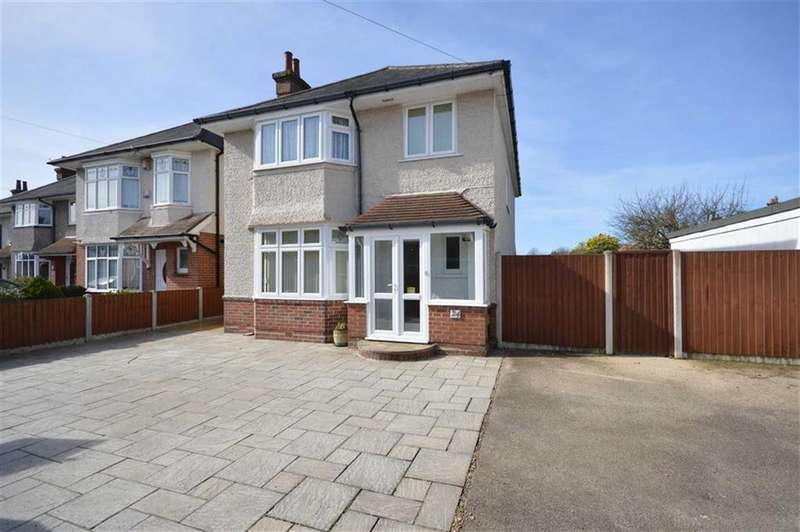 4 Bedrooms Detached House for sale in Victoria Avenue, Bournemouth, Dorset, BH9