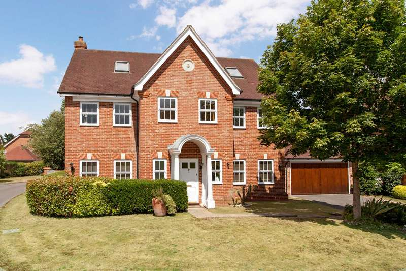 6 Bedrooms Detached House for sale in Copperfields, Caversham Heights