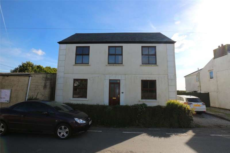 3 Bedrooms Detached House for sale in Penhale Road, Carnell Green, Camborne