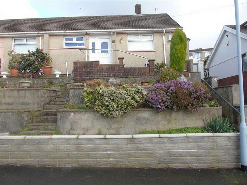 3 Bedrooms Semi Detached Bungalow for sale in Greenfield Crescent, Llansamlet, Swansea