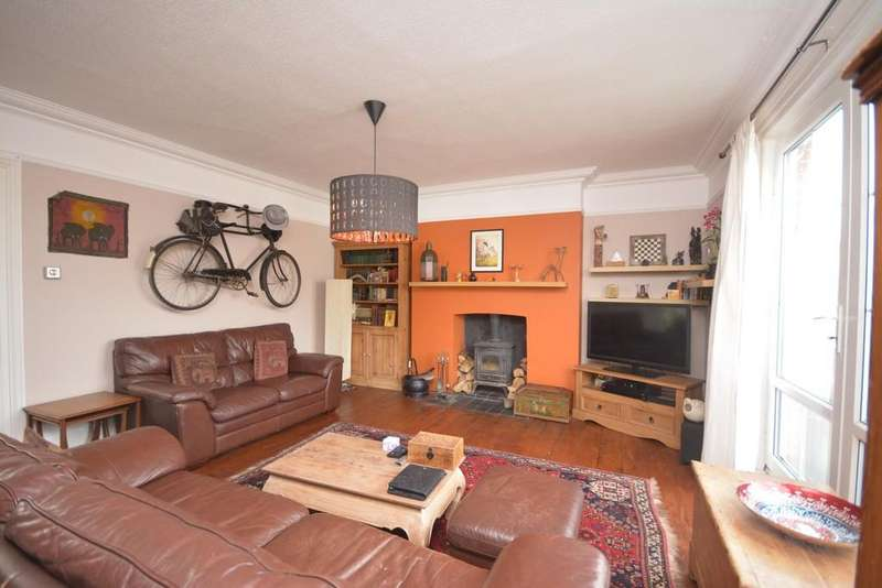 3 Bedrooms Maisonette Flat for sale in Mill Hill Road, Cowes