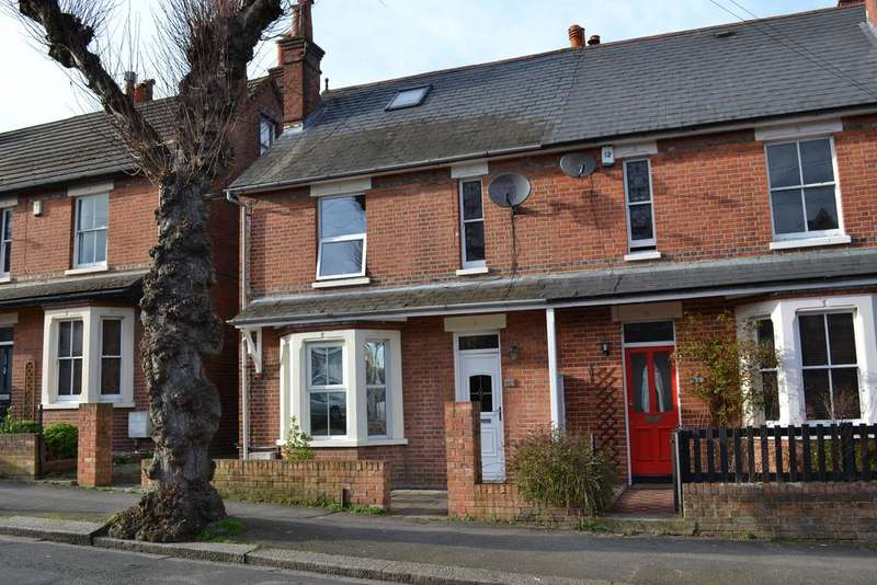 3 Bedrooms Semi Detached House for sale in Wantage Road, Reading RG30
