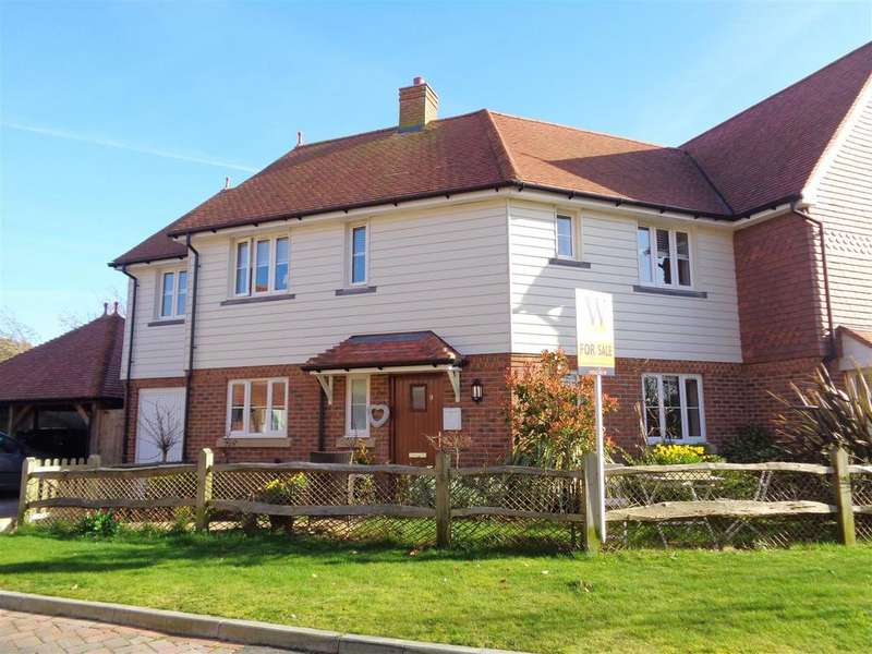 4 Bedrooms End Of Terrace House for sale in Jubilee Gardens, Pagham