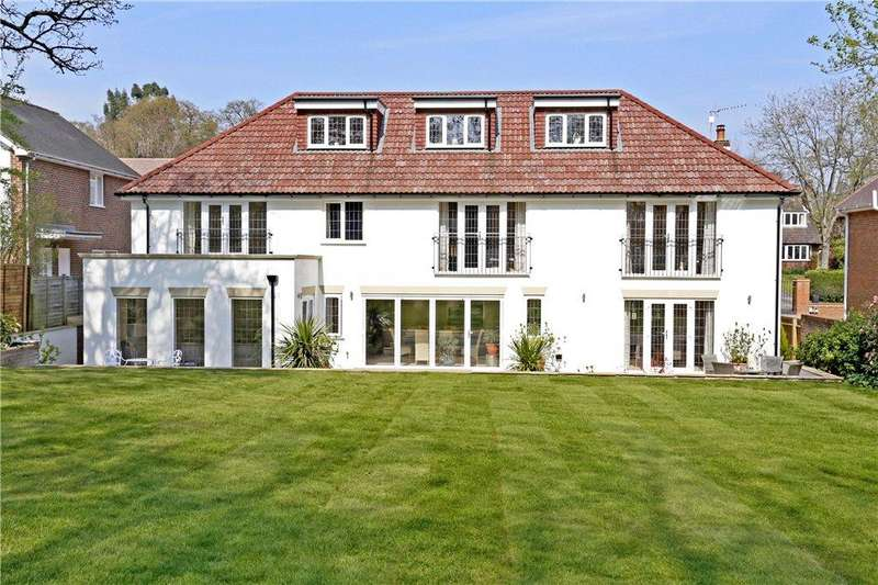 7 Bedrooms Detached House for sale in Fulmer Drive, Gerrards Cross, Buckinghamshire