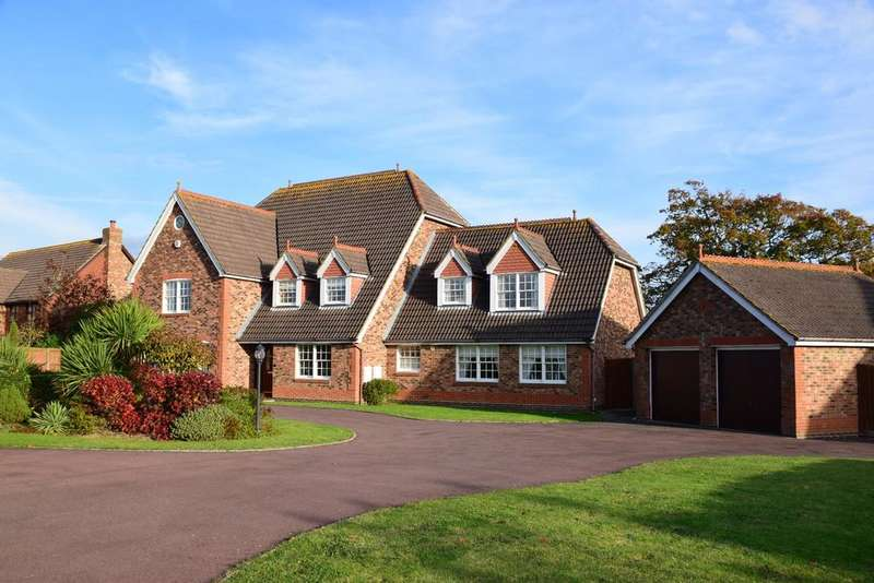 5 Bedrooms Detached House for sale in SKYLARK MEADOWS, WHITELEY