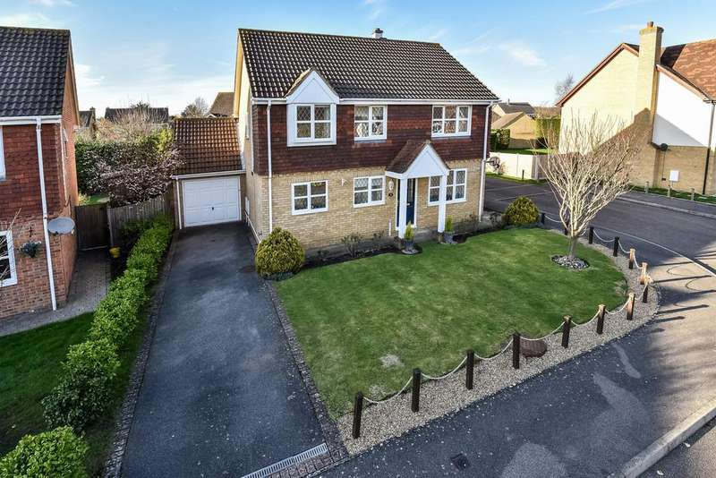 4 Bedrooms Detached House for sale in Coltsfoot Drive, Weavering