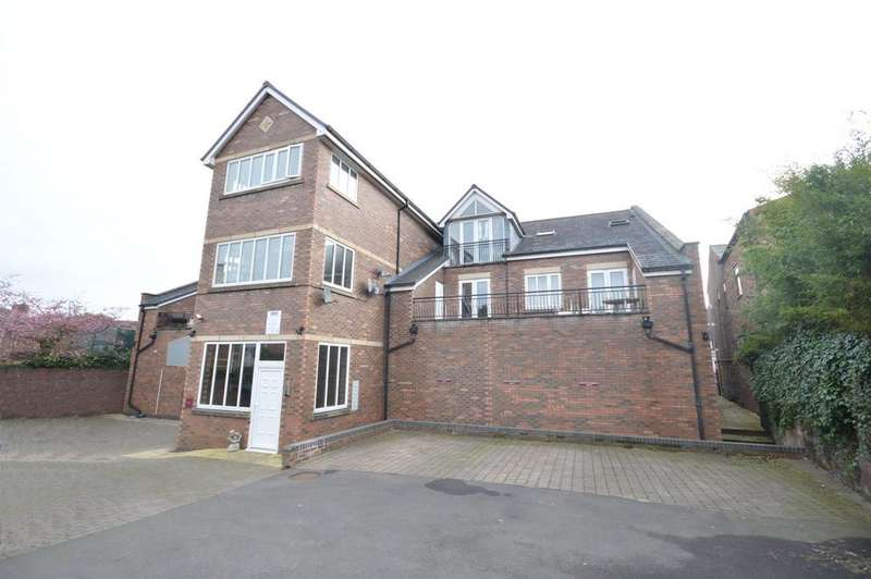 2 Bedrooms Apartment Flat for sale in Walton Road, Stockton Heath