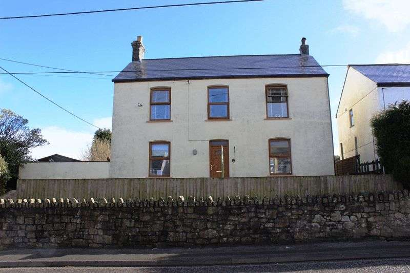 3 Bedrooms Detached House for sale in Stannary Road, St. Austell