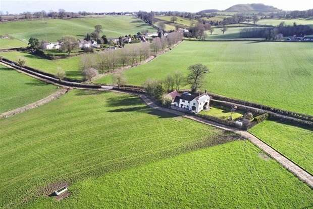 4 Bedrooms Detached House for sale in Dertford, Corsley