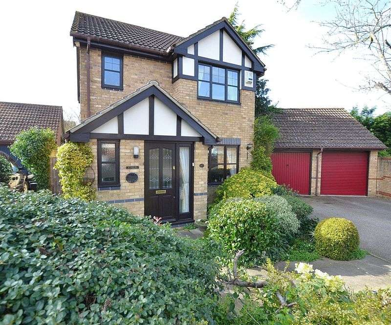 3 Bedrooms Detached House for sale in Randolph Road, Bromley