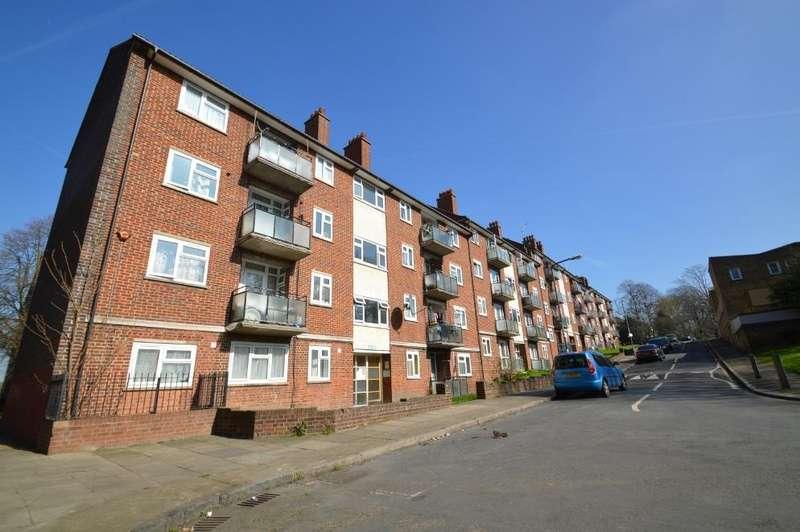 1 Bedroom Flat for sale in Sunbury Street, Woolwich, London SE18