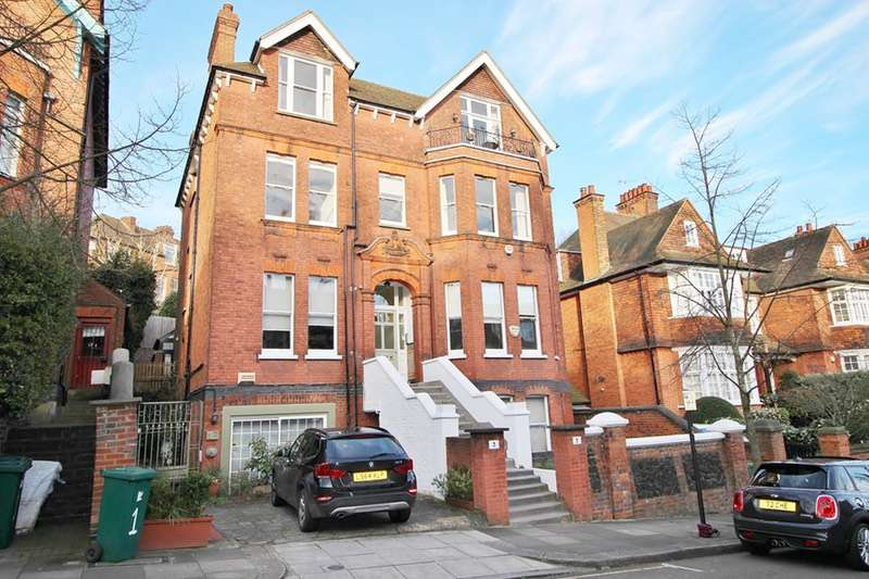 3 Bedrooms Flat for sale in Chesterford gardens, Hampstead, London, NW3