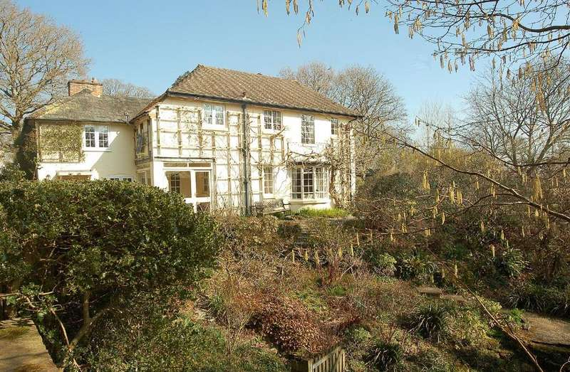 4 Bedrooms Detached House for sale in Mill Lane, Burley, Ringwood, BH24