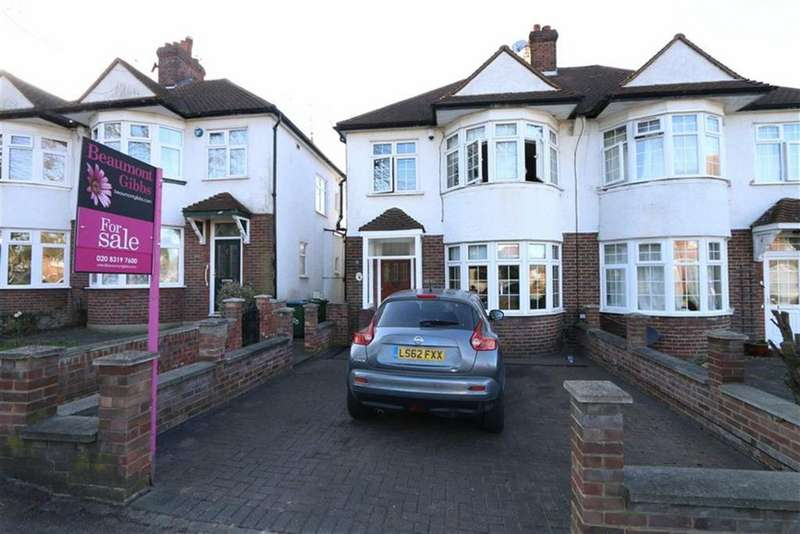 3 Bedrooms Semi Detached House for sale in Plum Lane, Shooters Hill, London, SE18