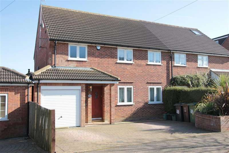 4 Bedrooms Semi Detached House for sale in Lyndhurst Drive, Harpenden , Herts, AL5 5RH