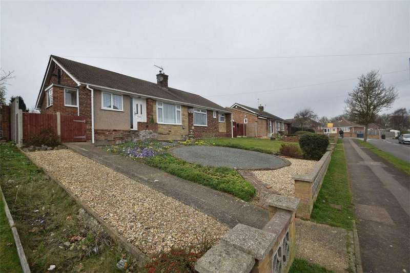 2 Bedrooms Semi Detached Bungalow for sale in Watson Avenue, Davis Estate, Kent