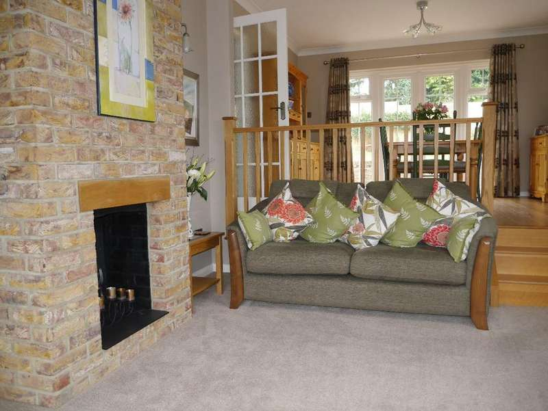 3 Bedrooms Bungalow for sale in Warlingham