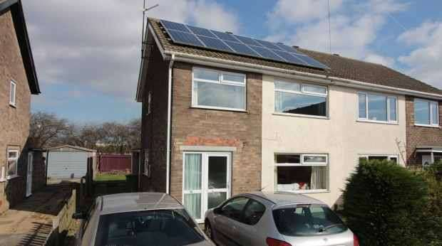 3 Bedrooms Semi Detached House for sale in Talbot Road, Immingham, South Humberside, DN40 1EU
