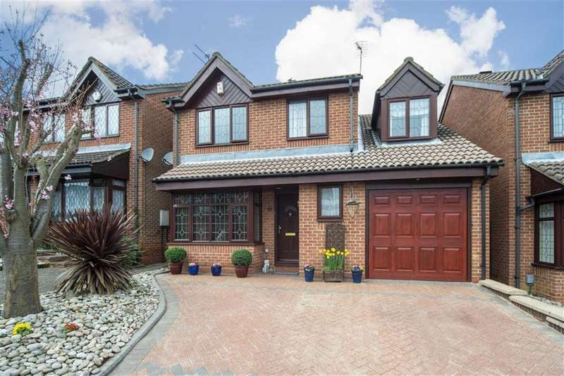 4 Bedrooms Property for sale in Emmer Green, Luton