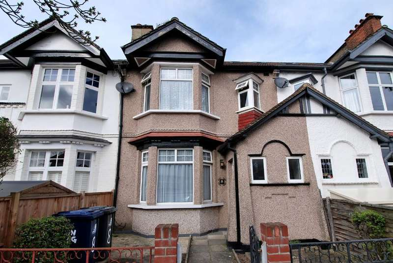 4 Bedrooms Terraced House for sale in Newland Gardens, Ealing, London, W13 9TR
