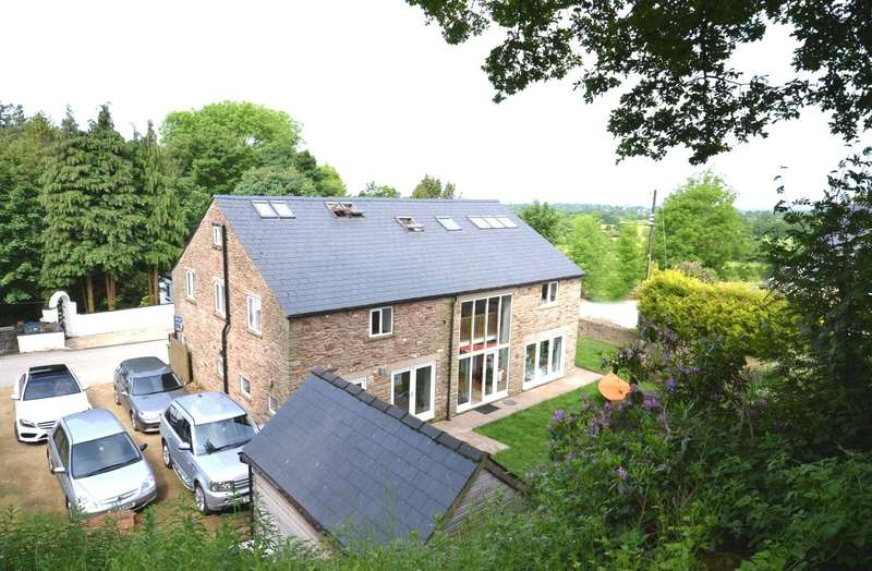 5 Bedrooms Detached House for sale in Swanscoe Lane, Rainow, Macclesfield