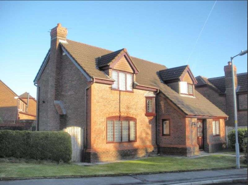 4 Bedrooms Property for sale in Whitland Avenue, Bolton
