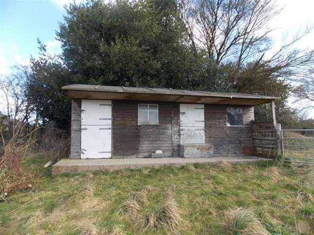 Land Commercial for sale in Chapmanslade