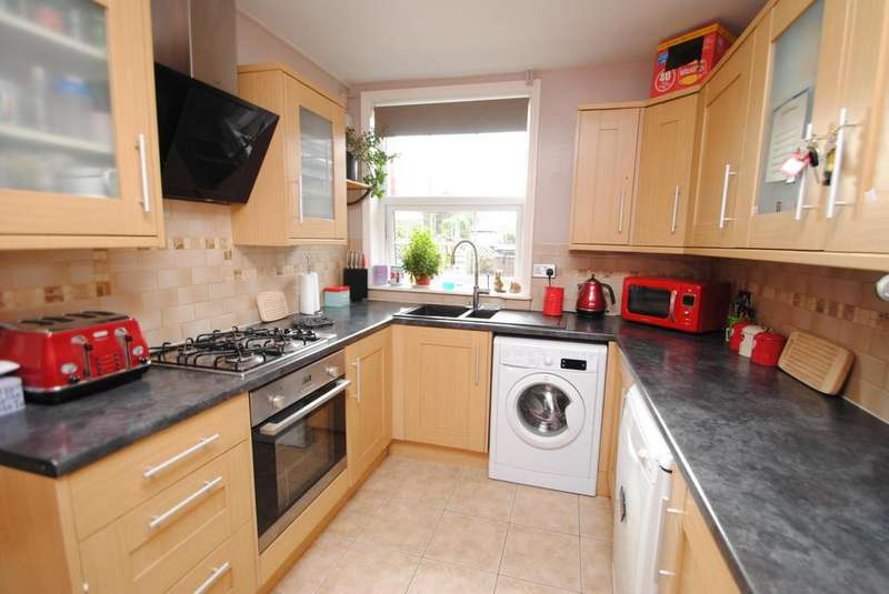 3 Bedrooms Terraced House for sale in Calf Street, Torrington