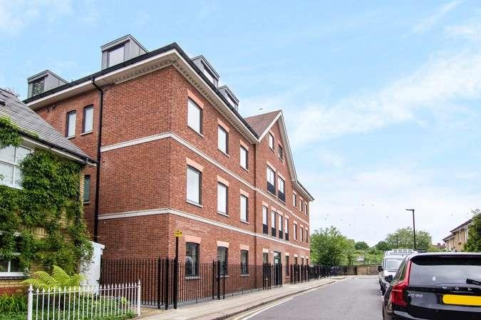 1 Bedroom Flat for sale in Merlin House, Belmont Terrace, Chiswick