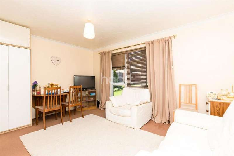 1 Bedroom Flat for sale in Juniper Court, College Hill Road, Harrow, HA3