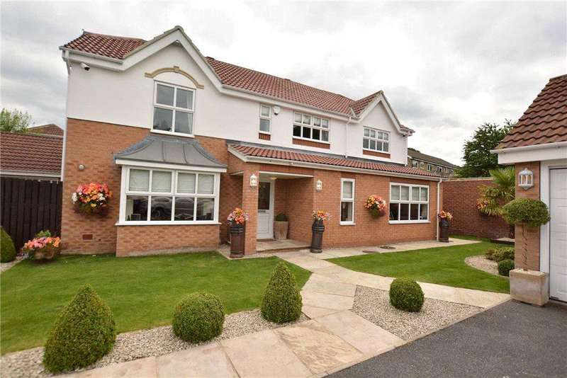 4 Bedrooms Detached House for sale in Middlethorne Close, Shadwell Lane, Leeds