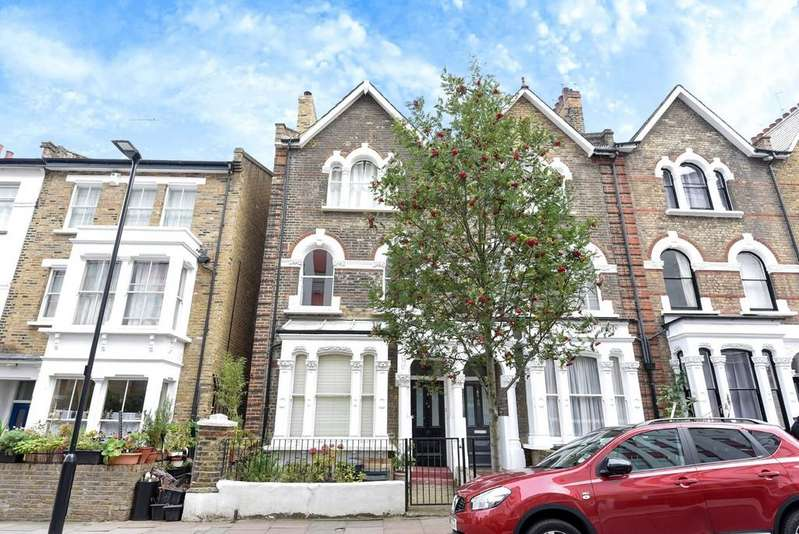 3 Bedrooms Apartment Flat for sale in Avenell Road, N5 1BT