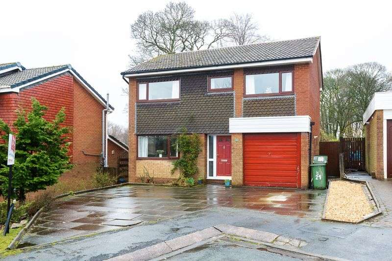 5 Bedrooms Detached House for sale in Byley Rise, Standish