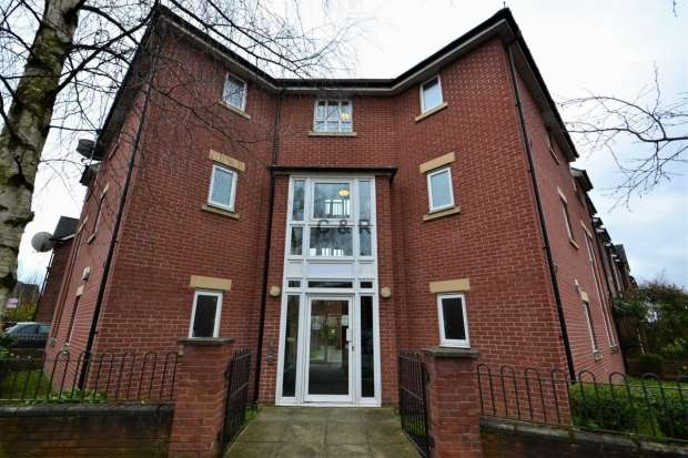 2 Bedrooms Apartment Flat for sale in Yew Street Hulme M15 5yw Manchester