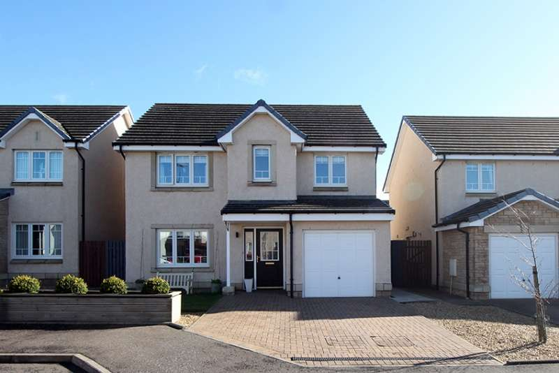 4 Bedrooms Detached House for sale in Forrester Street, Redding, Falkirk, FK2 9FE