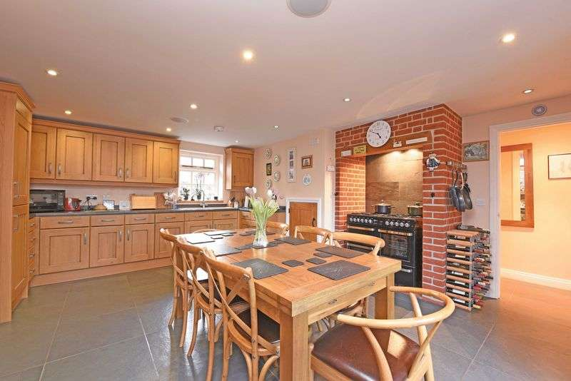 2 Bedrooms Detached Bungalow for sale in Coopers Lane Bramley