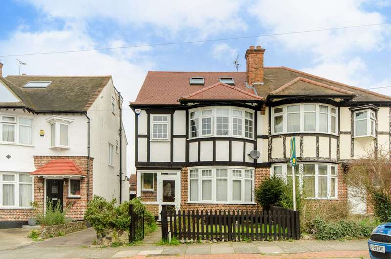 4 Bedrooms Semi Detached House for sale in Walfield Avenue, Whetstone, N20