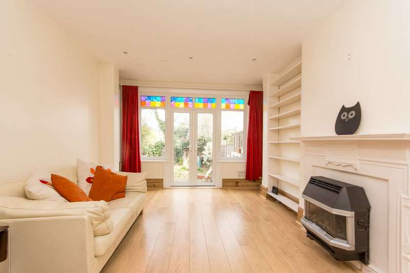 2 Bedrooms Maisonette Flat for sale in Melrose Avenue, Willesden Green, NW2