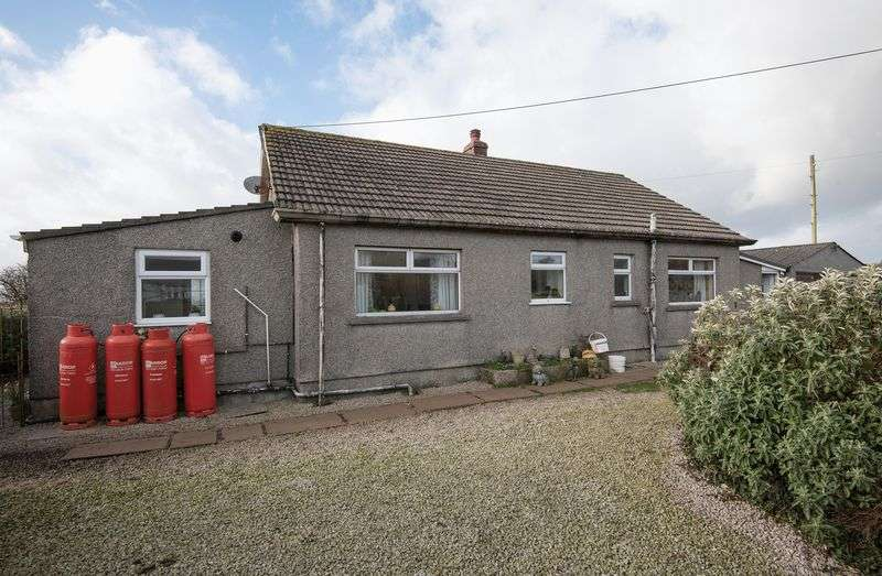 4 Bedrooms Detached Bungalow for sale in Rural Troon, Nr Camborne