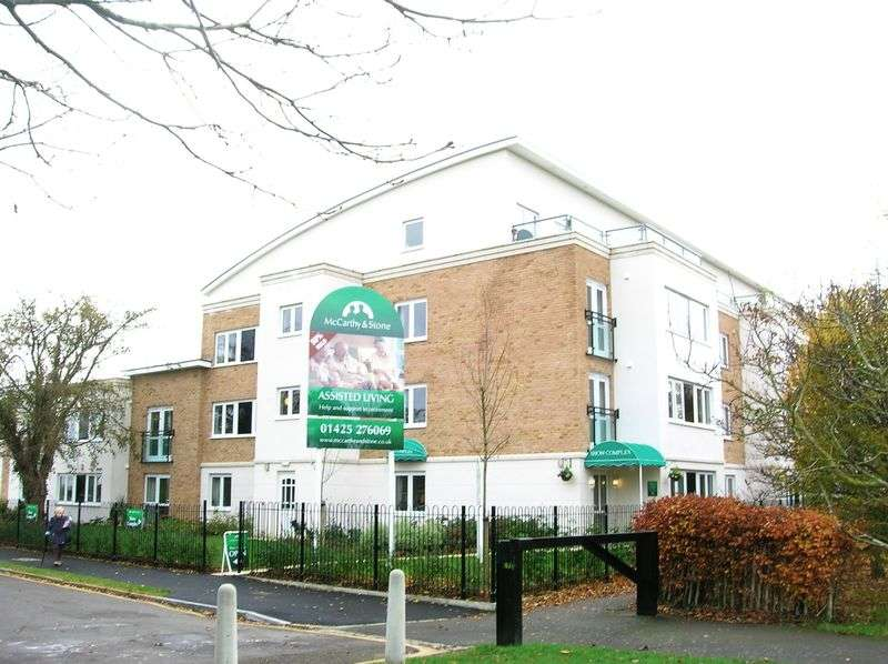2 Bedrooms Retirement Property for sale in Highview Court, Highcliffe, BH23 5GJ