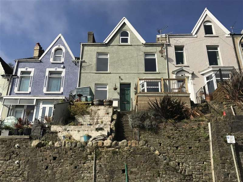 3 Bedrooms Terraced House for sale in Hewson Street, Swansea, SA1