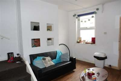 4 Bedrooms Terraced House for rent in STUDENT HOME | Osmaston Street, Dunkirk, NG7