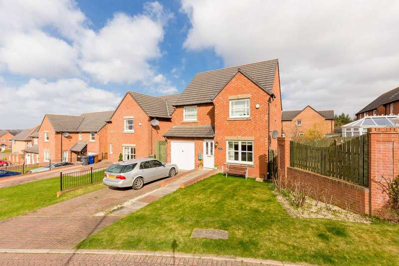 4 Bedrooms Detached House for sale in 26 Jeanette Stewart Drive, Newtongrange, EH22 4EA